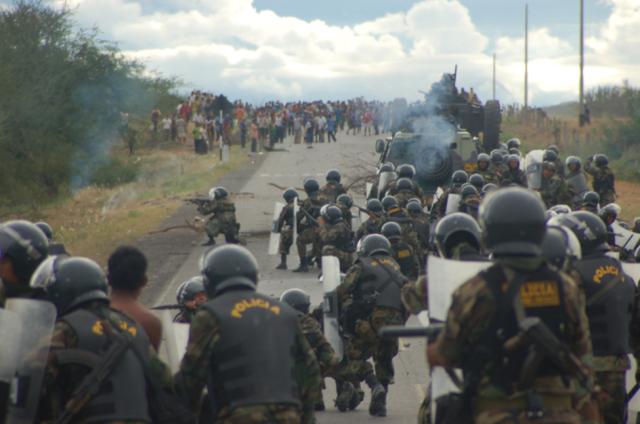 2016-11-01-peru_mining_protest